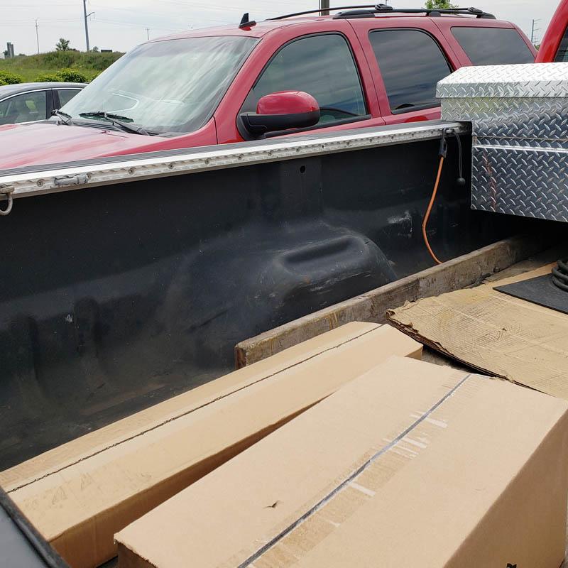Aircraft grade heavy-duty l track installed pickup truck
